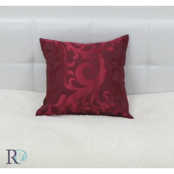 БОРДО Декоративна възглавница с прекрасна цветова украса