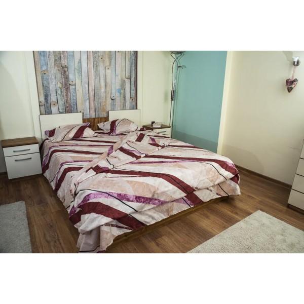 Микрофибърно спално бельо със стилна украса